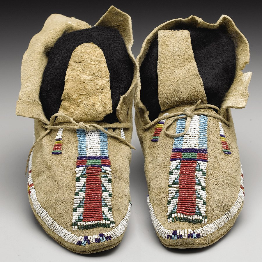 Native American Moccasins Amp Footwear Native American Crafts