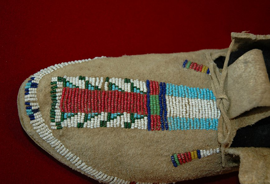 Typical Native American Tribal Bead Color Preferences article by Crazy Crow Trading Post