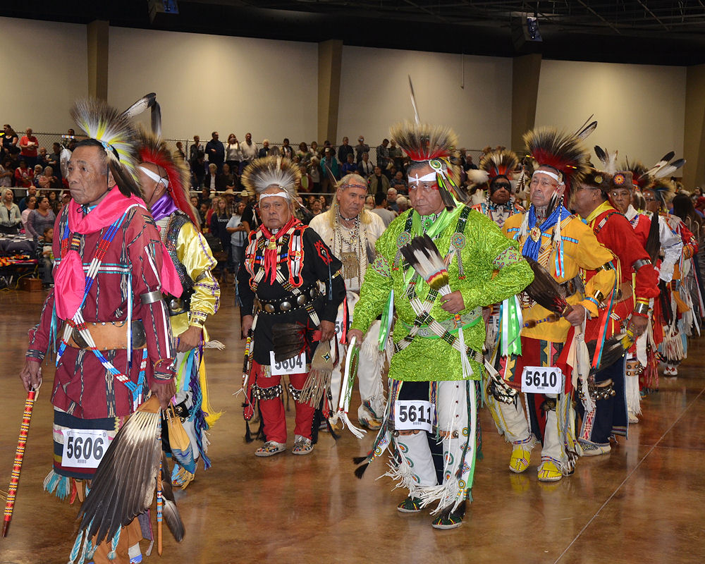 Men's Northern Traditional Dancing Photo Gallery from Crazy Crow Trading Post