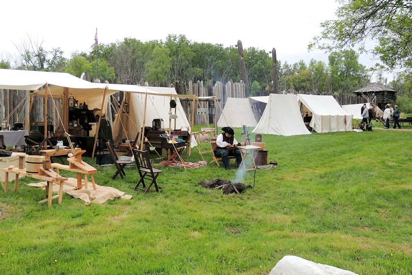 Fort Koshkonong Rendezvous - Crazy Crow Trading Post