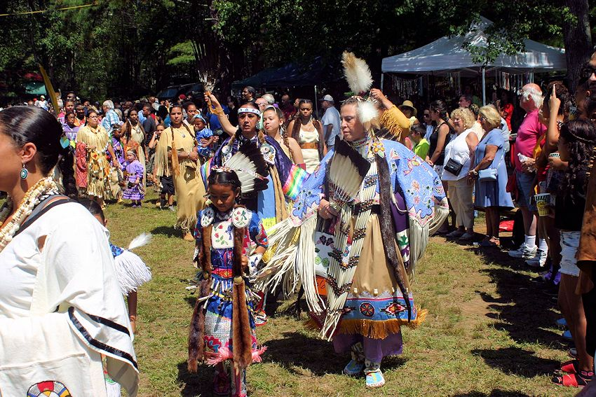 Narragansett Indian Tribes August Meeting Powwow - Narragansett Indian Tribes - Narragansett Tribal Powwow Grounds
