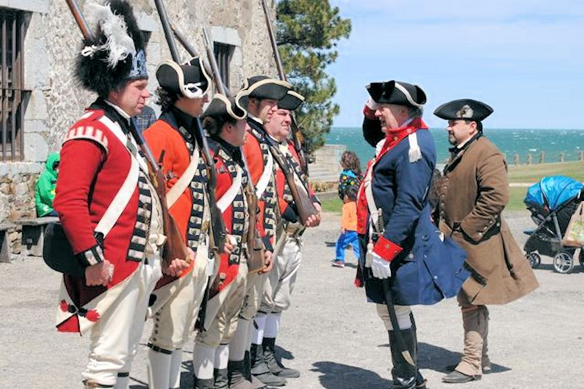 Old Fort Niagara Soldiers of the Revolution -Living History