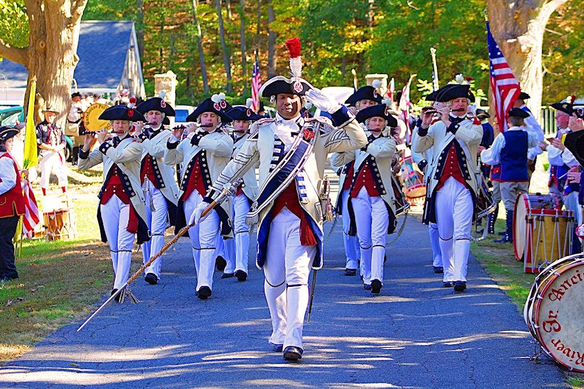 Middlesex County Volunteers Fifes and Drums - Fife and Drum Corps