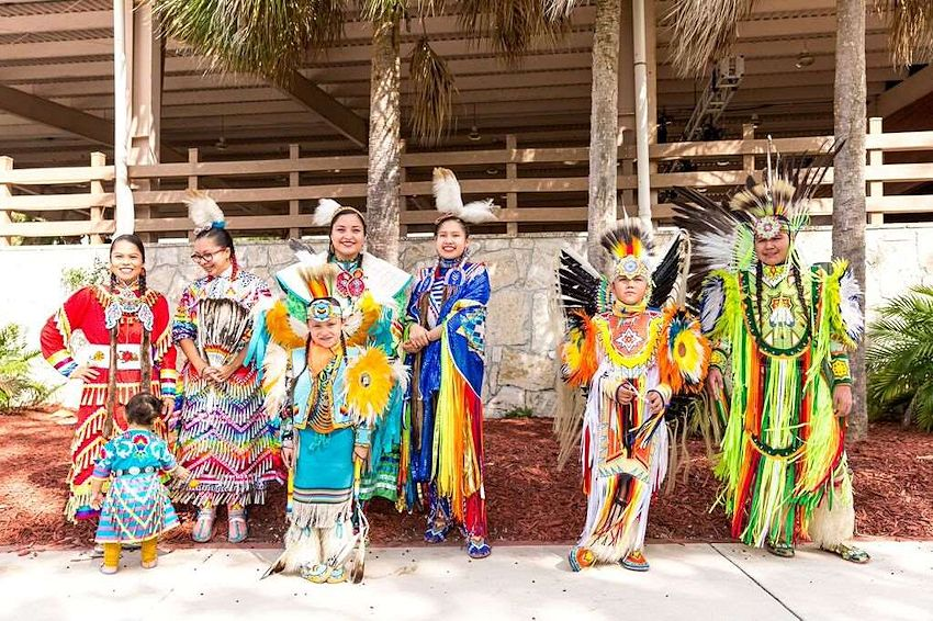 Miccosukee Indian Arts & Crafts Festival - Miccosukee Indian Arts and Crafts Festival - Miccosukee Indian Village - Miccosukee Educational Fund