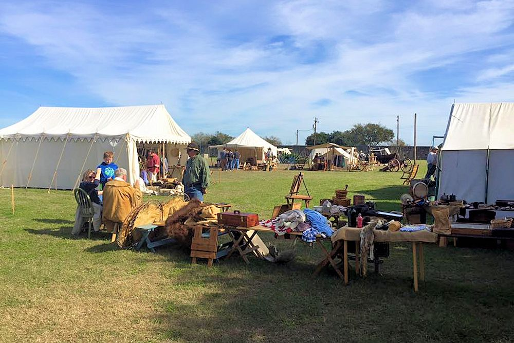 Christmas at the Presidio La Bahia Rendezvous - Presidio La Bahia - Texas Association of Buckskinners